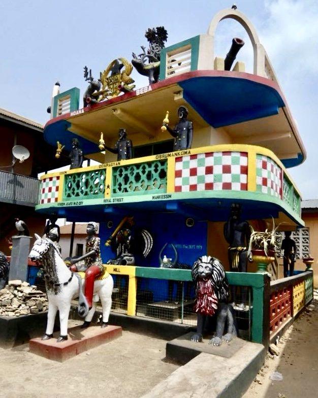 Posuban Shrine Ghana-grassroottours.com